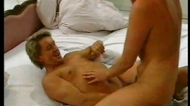 XXX sem registo  naughty school: Sexy vídeo ao vivo de pornô & Sporty