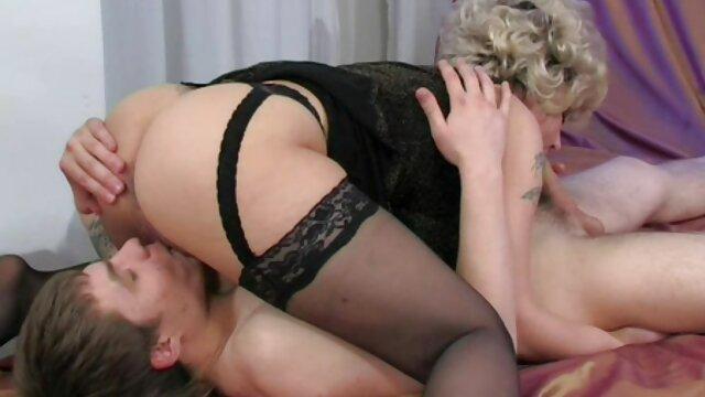 XXX sem registo  Natasha ultra-cutie e Eva videos de sexos ao vivo Angel tongue soles