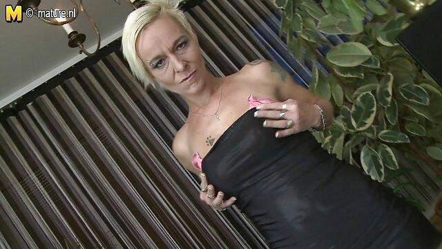 XXX sem registo  A enfermeira Penny Pax Fodeu vídeo pornô ao vivo vídeo pornô ao vivo no cu pelo Dr. Marcus Dupree.