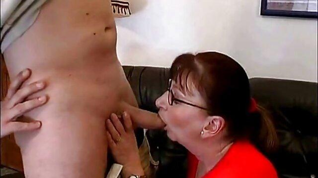 XXX sem registo  Nubiles casting-estrela da vídeo de pornô grátis ao vivo indústria pornográfica pela primeira vez recebe cumshot facial e mamas jizzed