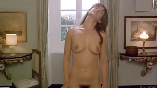 XXX sem registo  nympho trabalha sexy Kyler Quinn 27s apertado slot vídeo pornô vivo