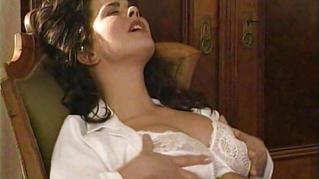 XXX sem registo  MILF Alexis Fawkes sente falta do ancião vídeo pornô transando ao vivo monstruoso