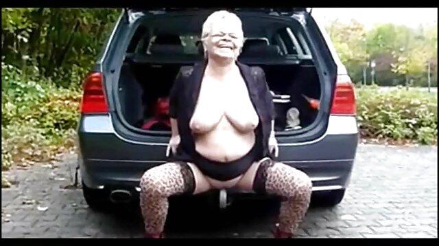 XXX sem registo  As aulas de quero vídeo de pornô ao vivo Piano deixam a Hannah Loira Louca