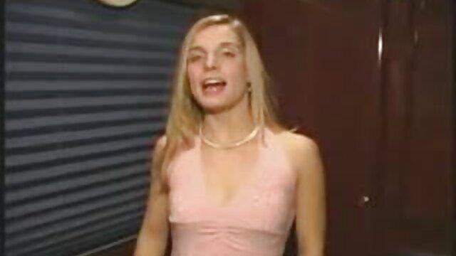 XXX sem registo  Midget fode Midget grávida com porno brasileira ao vivo uma pila pequena na rata