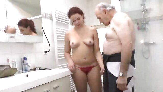 XXX sem registo  PAWG cougar Karen Fisher vídeo de pornô de viviane é fodida por um romano mais velho!
