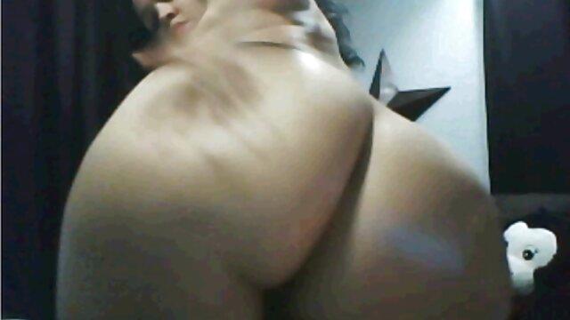 XXX sem registo  Nubile sexo ao vivo pornodoido Films-sexy blonde spanking right