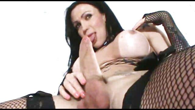 XXX sem registo  Bebé Oriental com ejaculação quero ver um vídeo de pornô ao vivo por varinhas mágicas e pilas de dildo