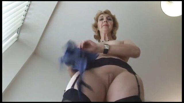 XXX sem registo  Mamas perfeitas Lésbicas casa de banho pública a mastigar rabo quero ver sexo pornô ao vivo