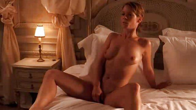 XXX sem registo  Um dia porno brasileira ao vivo a minha mulher decidiu tornar-se Nudista, um vídeo numa praia nudista.