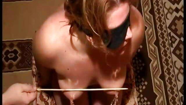 XXX sem registo  No telefone conversando com vídeo de pornô sexo ao vivo Sissy
