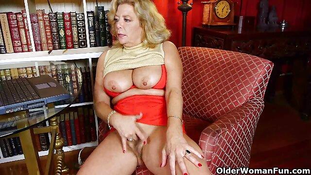 XXX sem registo  Pervertido a vídeo de pornô de sexo ao vivo fazer sexo anal A Três, Callie Calypso e Maddy o'Reilly.