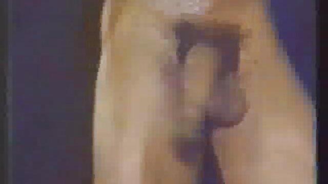 XXX sem registo  a vizinha lésbica, Lindsey Olsen, 26%, a Athena fode de saltos vídeo de pornô da viviane altos!