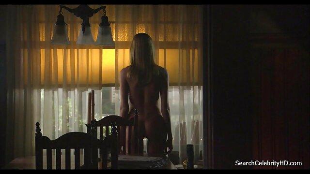 XXX sem registo  Nikita Denise chupa vídeo de pornô de viviane uma pila gigante e lambe uma porca