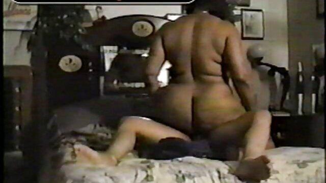 A melhor pornografia não tem registo.  Babysitter com porno ao vivo caseiro tranças