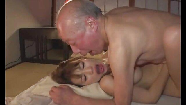 XXX sem registo  Nubile Films-Gina fode língua jizz videos pornos ao vivo de dados com rabo perfeito