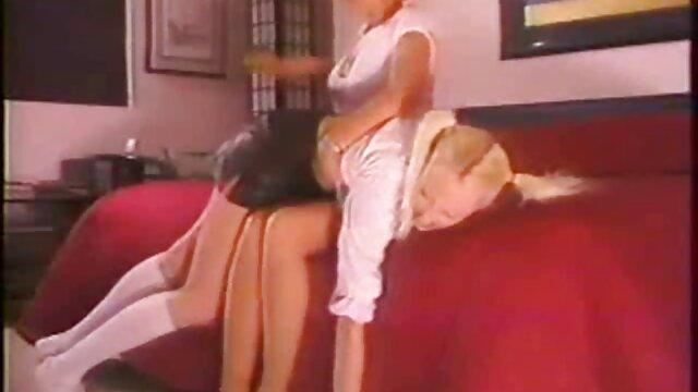 XXX sem registo  Lucy marota de cabelo claro junta-se quero ver um vídeo de pornô ao vivo ao Bukkake fuckfest