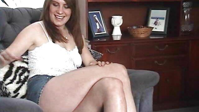 XXX sem registo  Velhotas maduras com pornô vídeo ao vivo raparigas em espartilhos