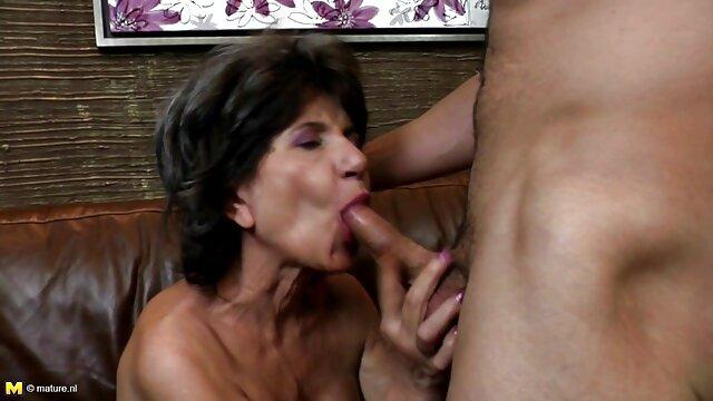 XXX sem registo  Oldnanny quero vídeo de pornô ao vivo 2 Lésbicas Britânicas maduras com masturbação