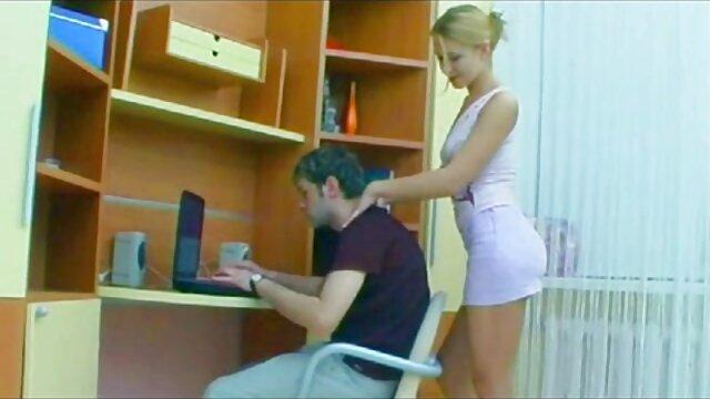 XXX sem registo  A nossa franja favorita! Compilação de vídeo de pornô ao vivo agora cenas de elenco