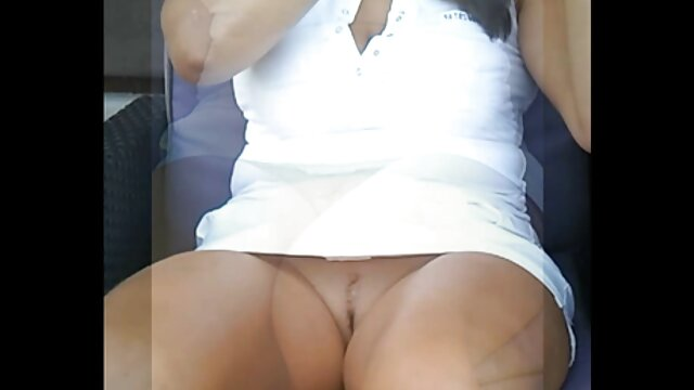 XXX sem registo  Fetiche video chamada porn por mijo e pés